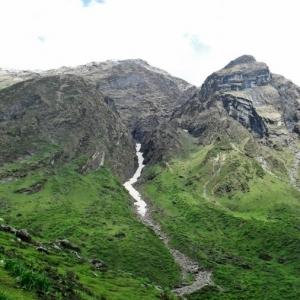 Tne Himalayan glaciers1